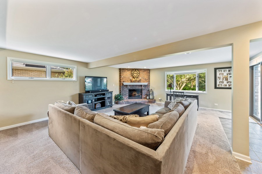 Real Estate Photography - 912 N Drury, Arlington Heights, IL, 60004 - Family Room