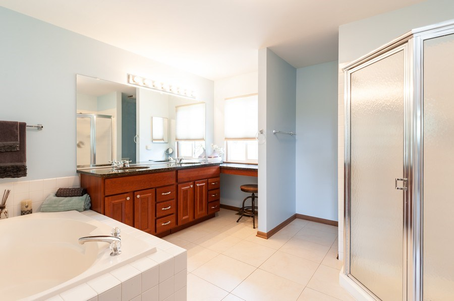 Real Estate Photography - 11 Cambridge Drive, Grayslake, IL, 60030 - Master Bathroom