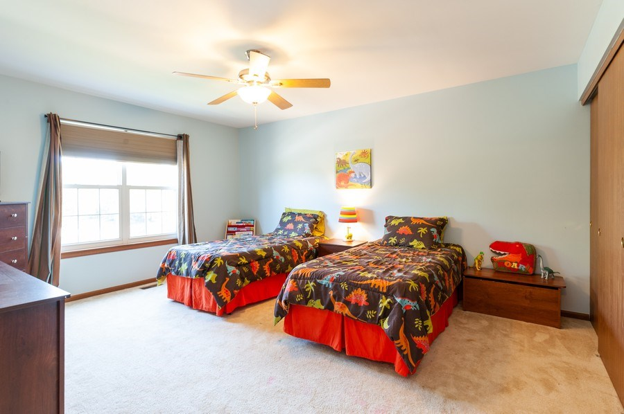 Real Estate Photography - 11 Cambridge Drive, Grayslake, IL, 60030 - 2nd Bedroom