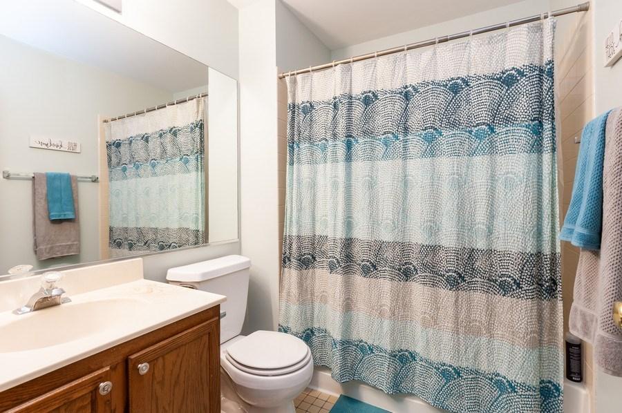 Real Estate Photography - 11 Cambridge Drive, Grayslake, IL, 60030 - Bathroom 2nd Level