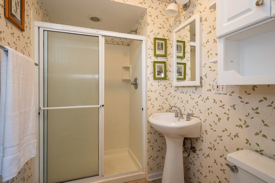Real Estate Photography - 208 S Evanston Ave, Arlington Heights, IL, 60004 - Master Bathroom