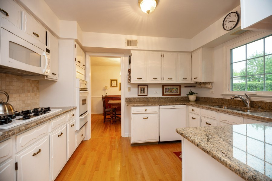 Real Estate Photography - 208 S Evanston Ave, Arlington Heights, IL, 60004 - Kitchen