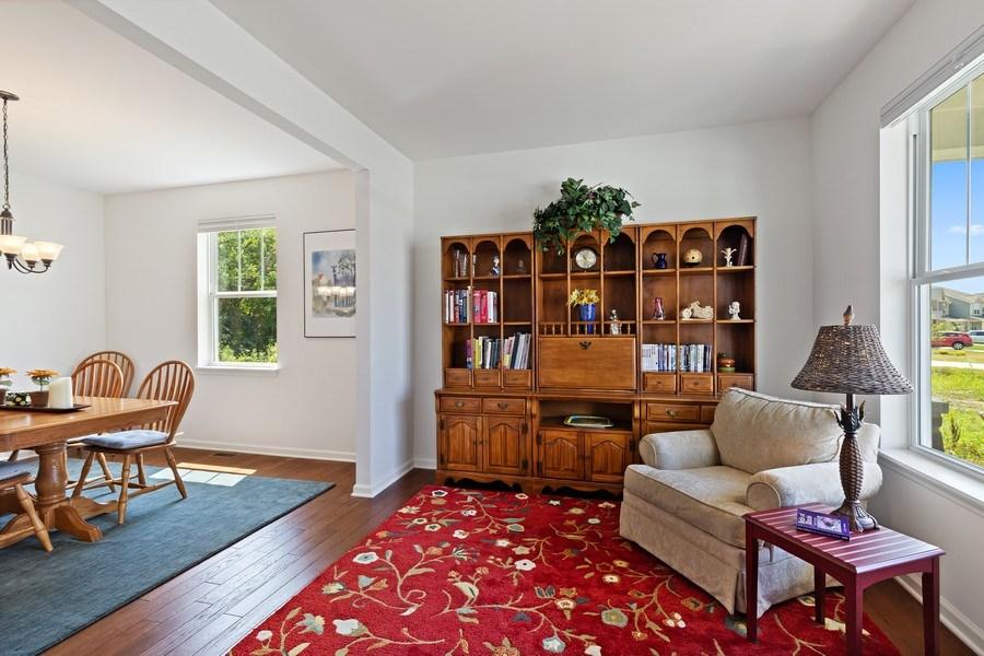 Real Estate Photography - 114 Flint Creek, Hawthorn Woods, IL, 60047 - Living Room