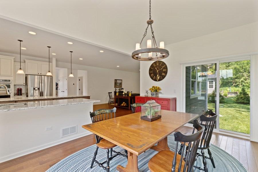 Real Estate Photography - 114 Flint Creek, Hawthorn Woods, IL, 60047 - Kitchen