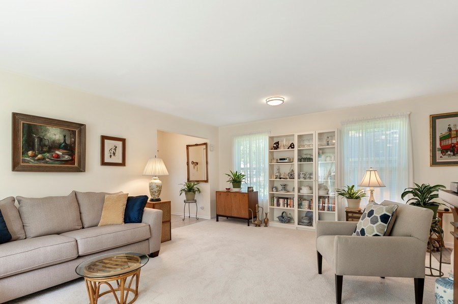 Real Estate Photography - 2820 Hickory Drive, Mccullum Lake, IL, 60050 - Living Room