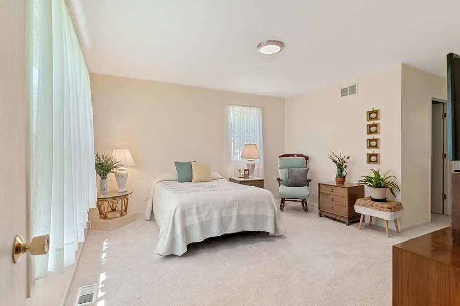 Real Estate Photography - 2820 Hickory Drive, Mccullum Lake, IL, 60050 - Master Bedroom