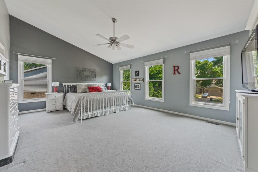 Real Estate Photography - 2630 N Stratford, Arlington Heights, IL, 60004 - Master Bedroom
