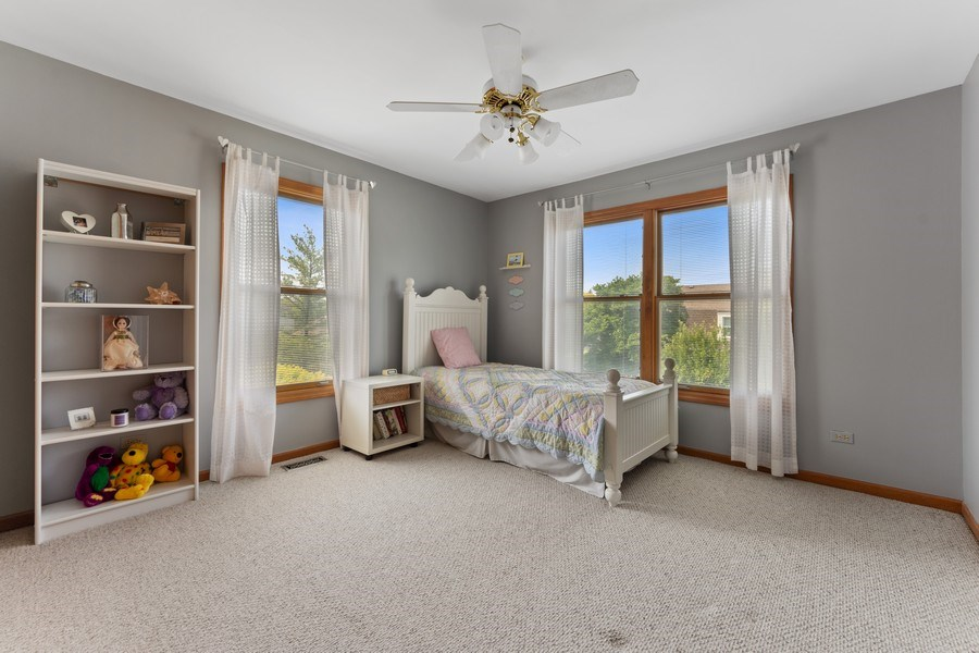 Real Estate Photography - 2630 N Stratford, Arlington Heights, IL, 60004 - 2nd Bedroom