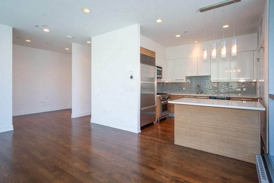 Real Estate Photography - 110 W. Superior St, Unit 1604, Chicago, IL, 60654 - Kitchen / Living Room