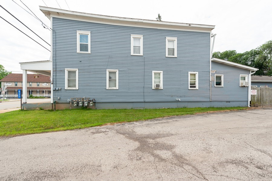 Real Estate Photography - 8340 Antioch Rd, Salem, WI, 53168 - Side View