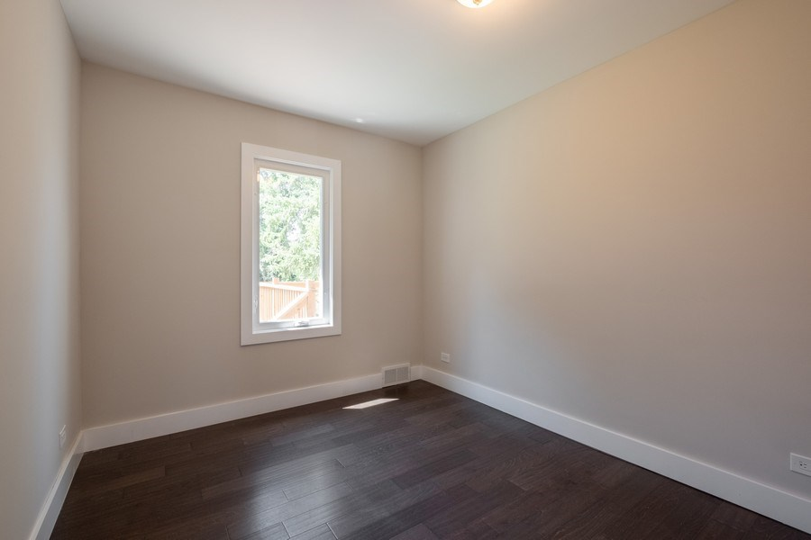 Real Estate Photography - 1038 Cherry, Highland Park, IL, 60035 - 3rd Bedroom