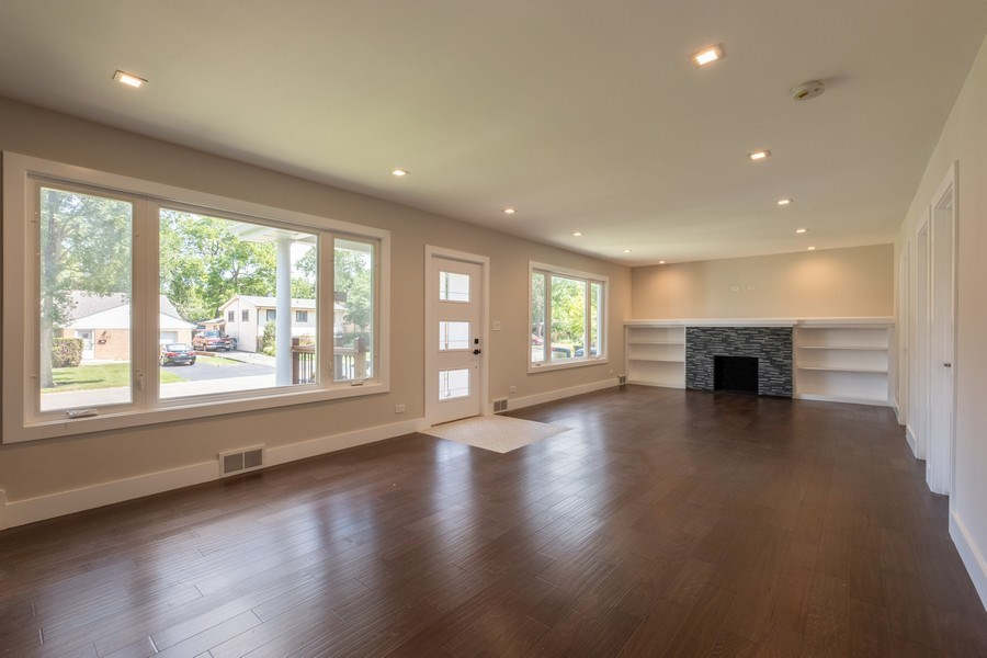 Real Estate Photography - 1038 Cherry, Highland Park, IL, 60035 - Living Room / Dining Room