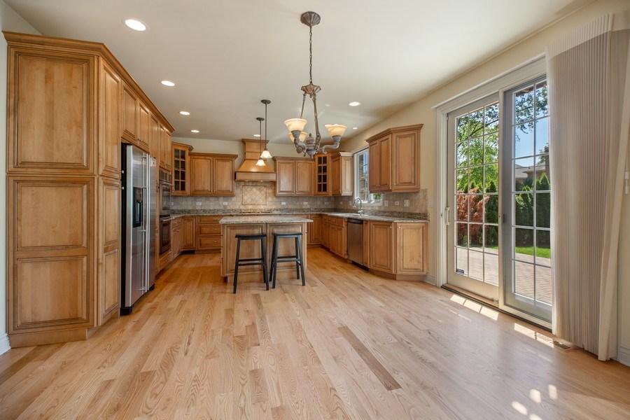 Real Estate Photography - 1326 N Illinois Ave, Arlington Heights, IL, 60005 - Kitchen / Breakfast Room