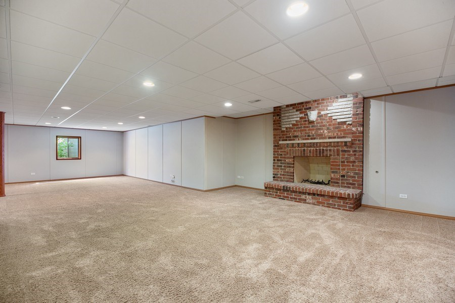 Real Estate Photography - 1326 N Illinois Ave, Arlington Heights, IL, 60005 - Basement