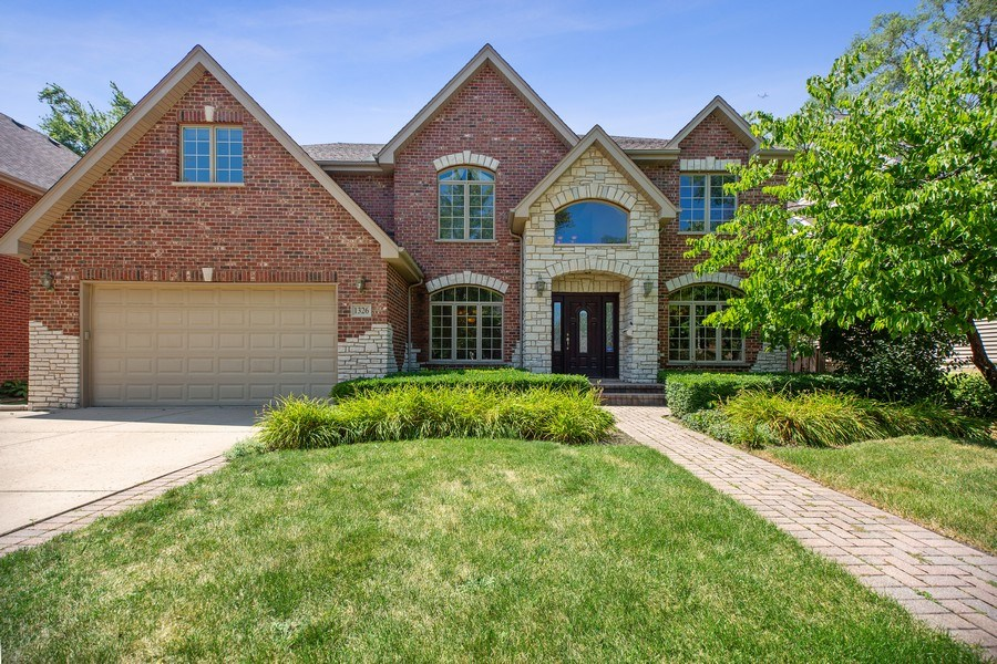 Real Estate Photography - 1326 N Illinois Ave, Arlington Heights, IL, 60005 - Front View