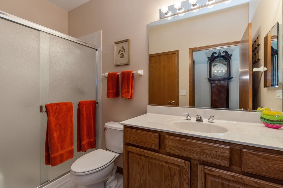 Real Estate Photography - 399 longfield lane, Grayslake, IL, 60030 - Bathroom