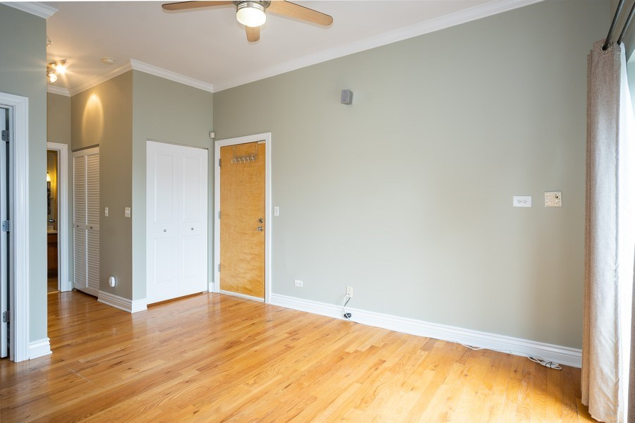 Real Estate Photography - 1707 N Paulina, 304, Chicago, IL, 60622 - Living Room