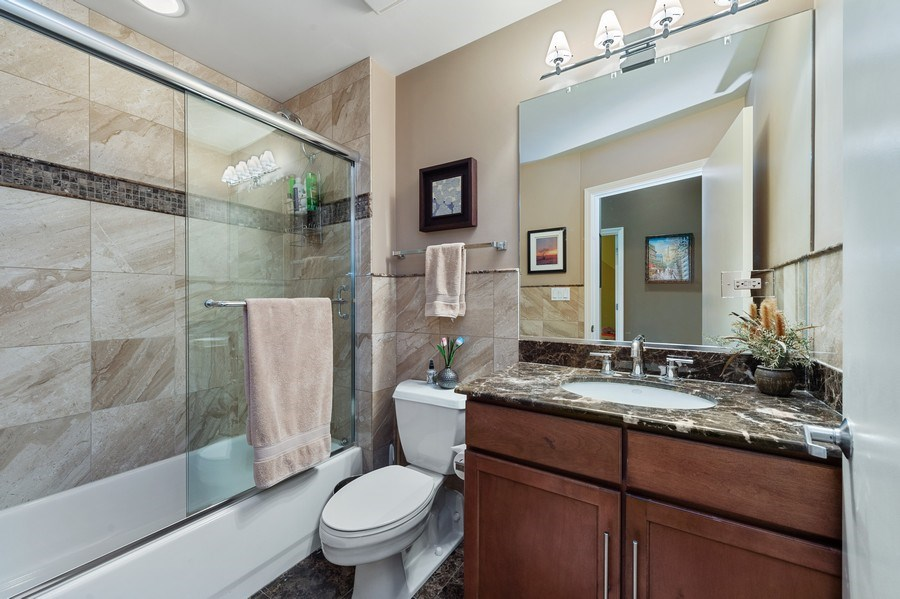 Real Estate Photography - 1070 W. 15th Street, Unit 345, Chicago, IL, 60608 - 2nd Bathroom