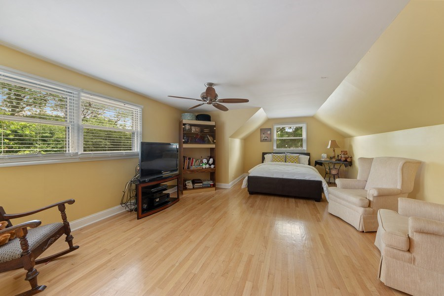 Real Estate Photography - 4 s princeton ct, arlington heights, IL, 60005 - 2nd Bedroom