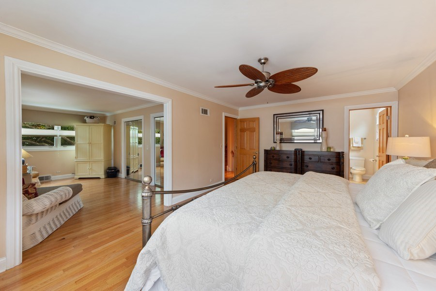 Real Estate Photography - 4 s princeton ct, arlington heights, IL, 60005 - Master Bedroom