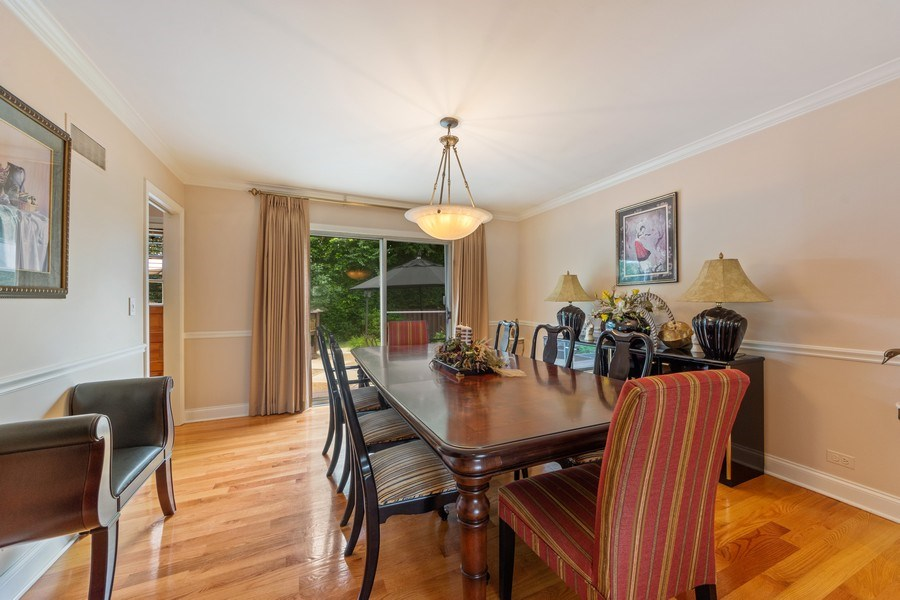 Real Estate Photography - 4 s princeton ct, arlington heights, IL, 60005 - Dining Room