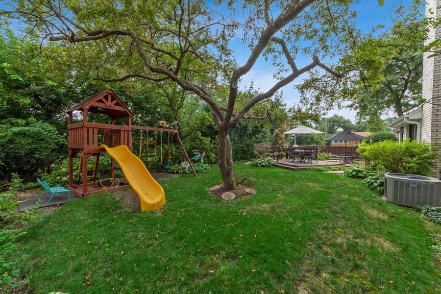 Real Estate Photography - 4 s princeton ct, arlington heights, IL, 60005 - Back Yard
