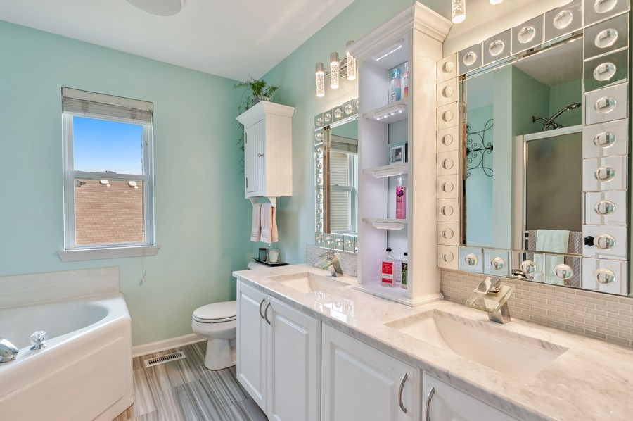 Real Estate Photography - 410 Jackson, Grayslake, IL, 60030 - Master Bathroom