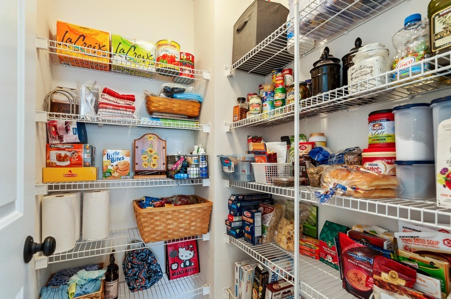 Real Estate Photography - 410 Jackson, Grayslake, IL, 60030 - Butler's pantry