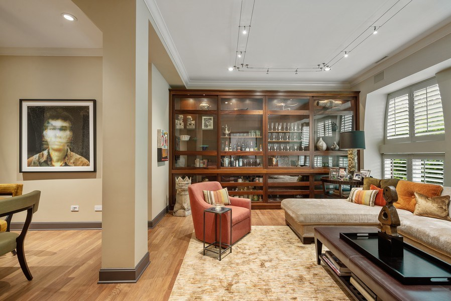 Real Estate Photography - 3101 N. Seminary C, Chicago, IL, 60657 - Living Room