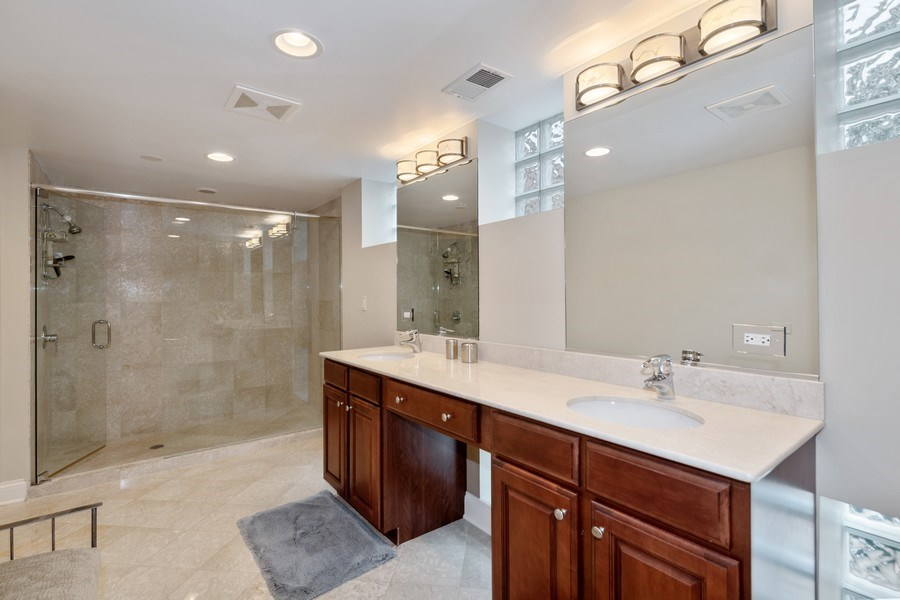 Real Estate Photography - 506 W Roscoe, #302, Chicago, IL, 60657 - Master Bathroom