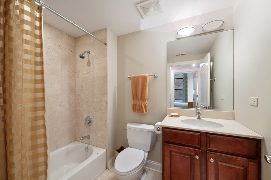 Real Estate Photography - 506 W Roscoe, #302, Chicago, IL, 60657 - 2nd Bathroom