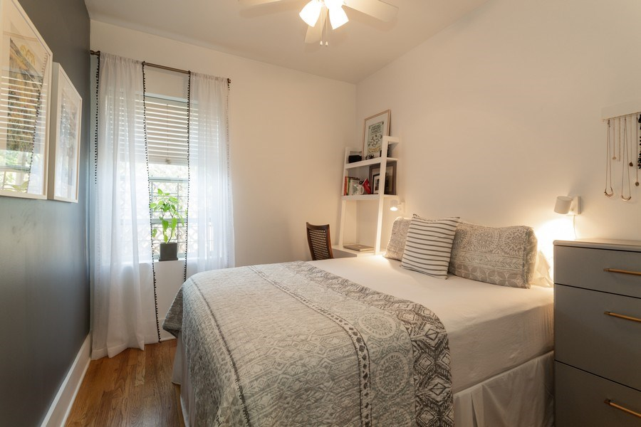 Real Estate Photography - 1903 W. Newport Ave, 3, Chicago, IL, 60657 - Bedroom