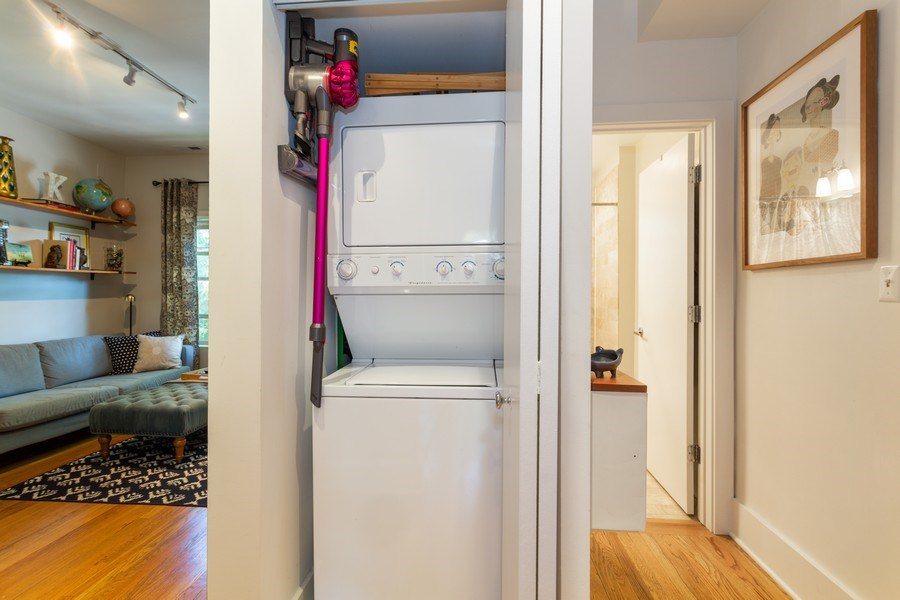 Real Estate Photography - 1903 W. Newport Ave, 3, Chicago, IL, 60657 - Laundry Room