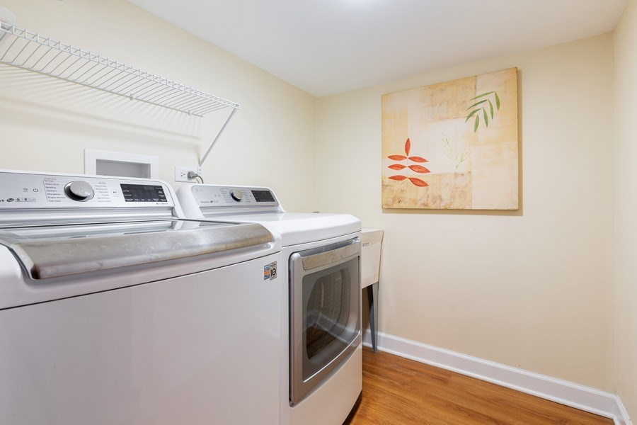 Real Estate Photography - 2826 N. Orchard Street, Chicago, IL, 60657 - Laundry Room