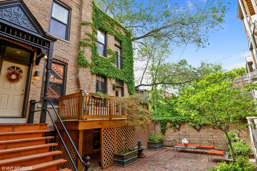 Real Estate Photography - 2826 N. Orchard Street, Chicago, IL, 60657 - All Brick Coach House