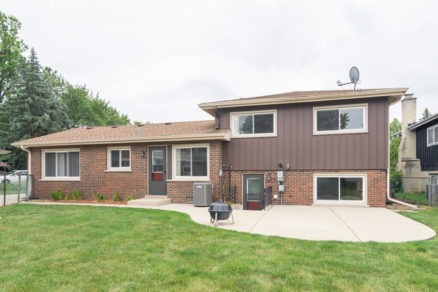 Real Estate Photography - 431 N Regal Ct., Addison, IL, 60101 - Rear View