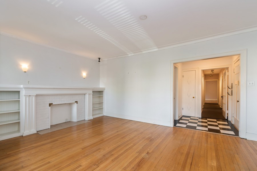 Real Estate Photography - 7729 N. Ashland, Apt 2N, Chicago, IL, 60626 - Living room - view toward foyer and HALL