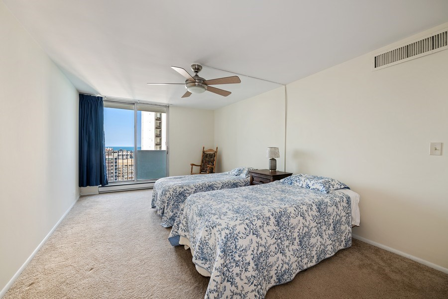 Real Estate Photography - 6033 N. Sheridan, #32D, Chicago, IL, 60660 - Master Bedroom