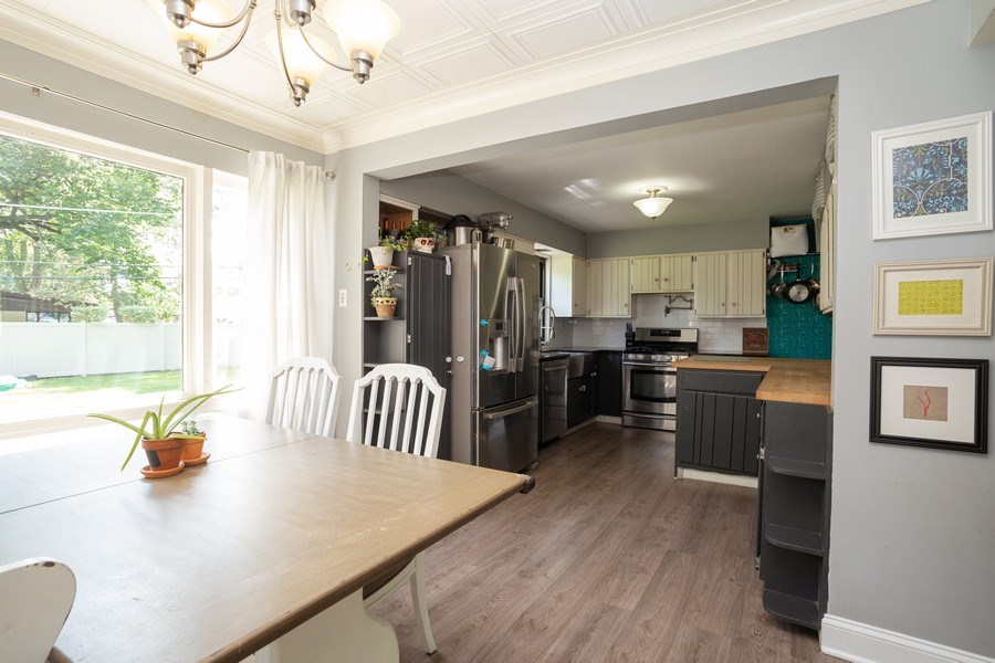 Real Estate Photography - 4n181 Hawthorne Ave, Bensenville, IL, 60106 - Kitchen / Dining Room