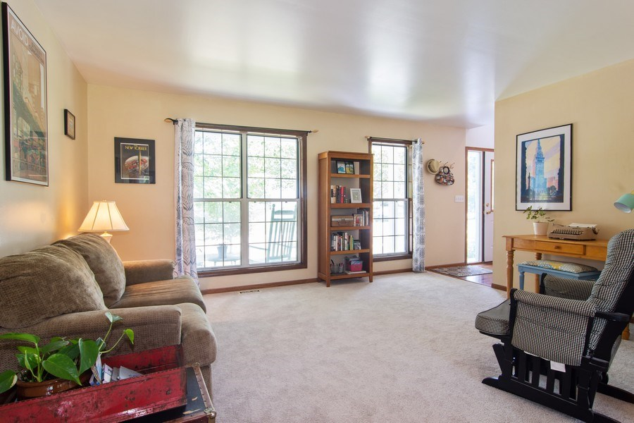 Real Estate Photography - 76 Ivanhoe Lane, Cary, IL, 60013 - Living Room