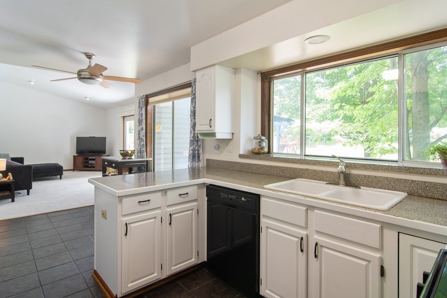 Real Estate Photography - 76 Ivanhoe Lane, Cary, IL, 60013 - Kitchen