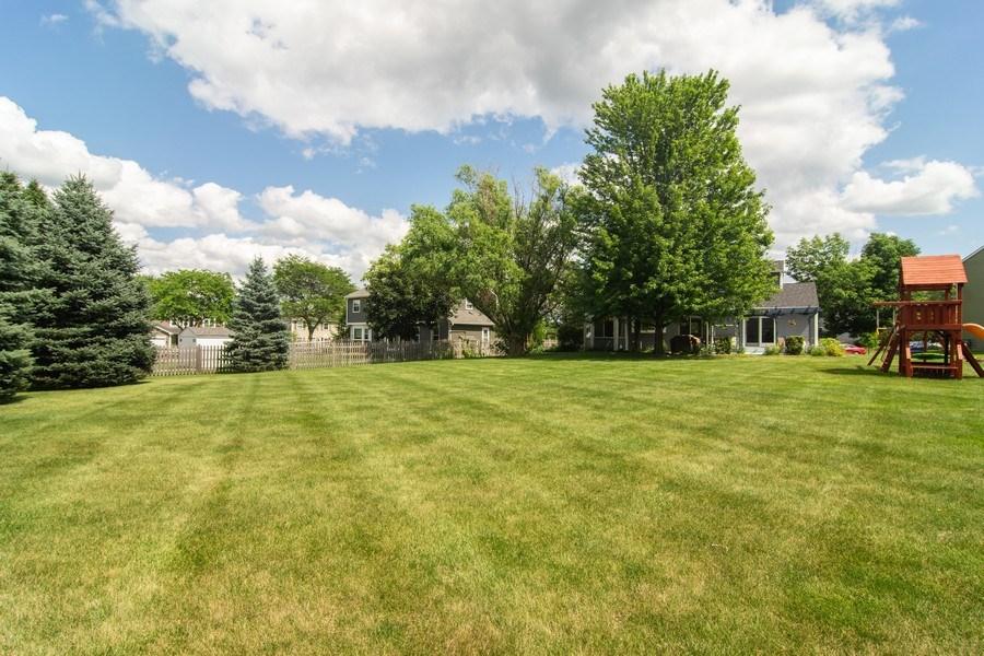 Real Estate Photography - 76 Ivanhoe Lane, Cary, IL, 60013 - Back Yard