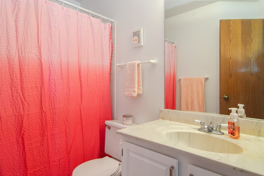 Real Estate Photography - 76 Ivanhoe Lane, Cary, IL, 60013 - Bathroom