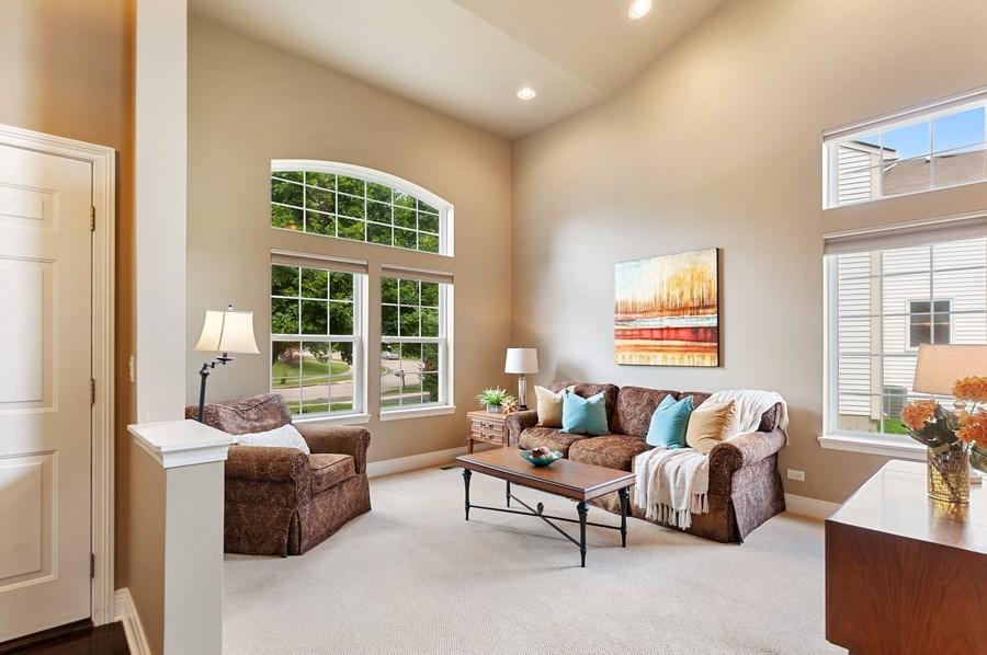 Real Estate Photography - 1448 Somerset, Mundelein, IL, 60060 - Living Room