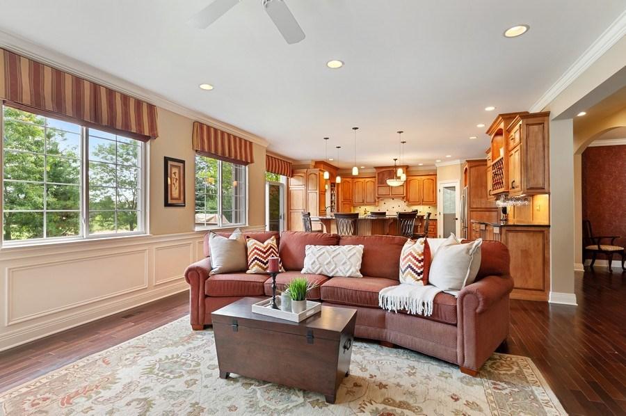 Real Estate Photography - 1448 Somerset, Mundelein, IL, 60060 - Family Room / Kitchen