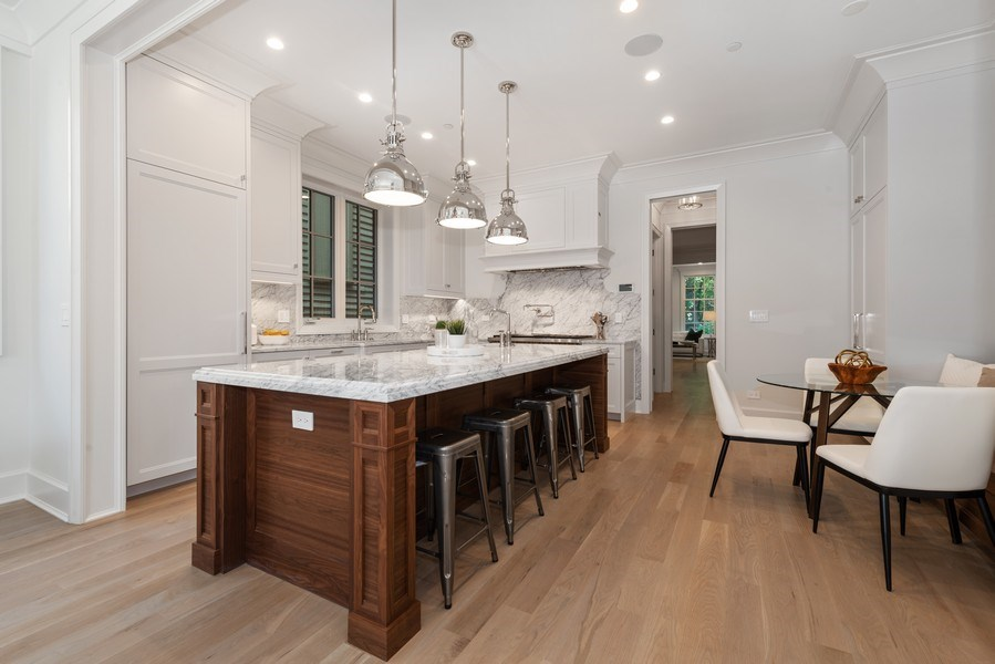 Real Estate Photography - 1942 N Mohawk, Chicago, IL, 60614 - Kitchen