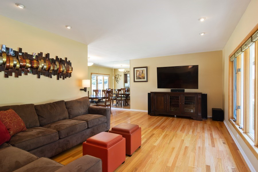 Real Estate Photography - 1911 N Burke, Arlington Heights, IL, 60005 - Living Room