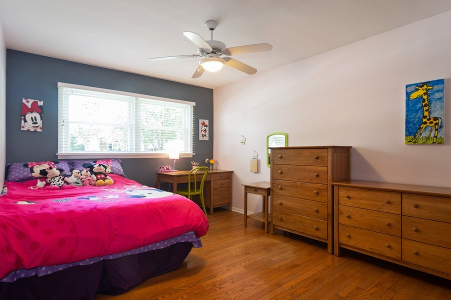 Real Estate Photography - 1911 N Burke, Arlington Heights, IL, 60005 - 2nd Bedroom