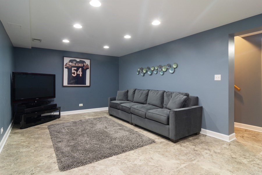 Real Estate Photography - 1911 N Burke, Arlington Heights, IL, 60005 - Lower Level