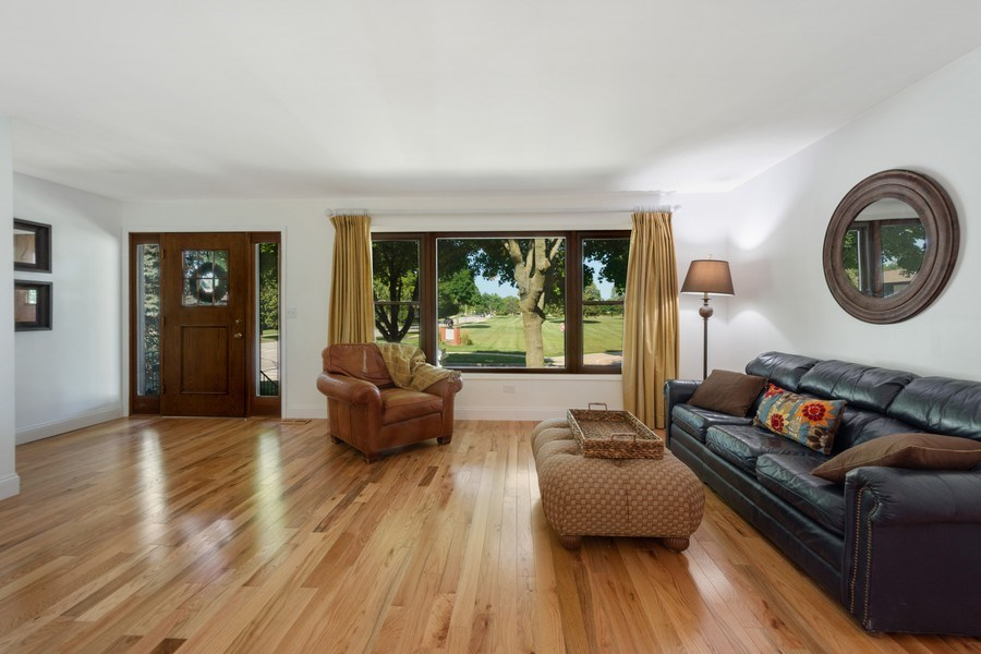 Real Estate Photography - 445 S Highland Ave, Arlington Heights, IL, 60005 - Living Room